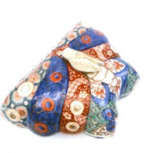 Boite en forme de papillon en porcelaine Imari