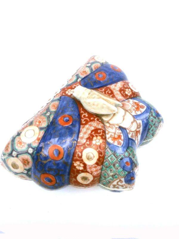 Boite Imari en forme de papillon à décor Imari du Japon coté
