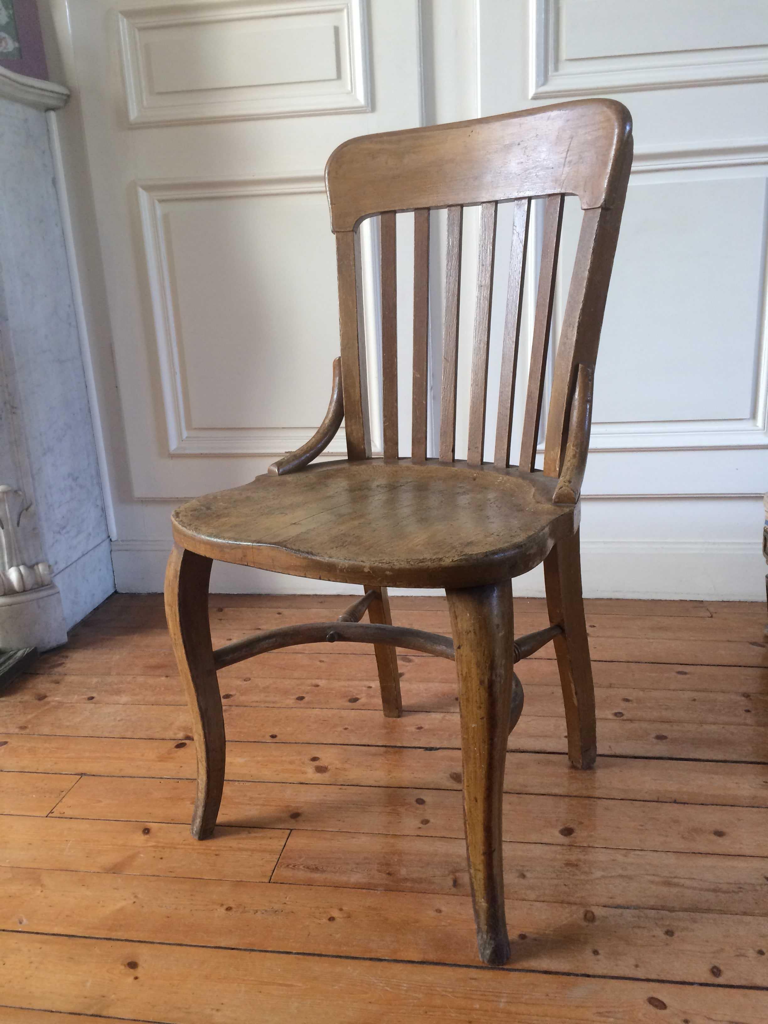 chaise de bureau type western tout en bois courb. Black Bedroom Furniture Sets. Home Design Ideas