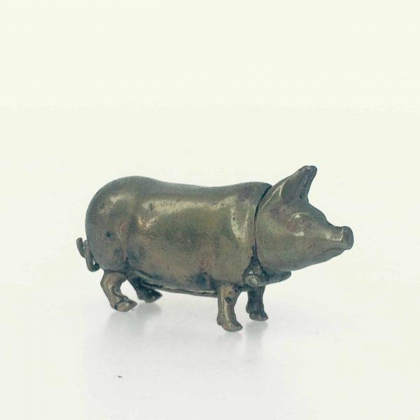 cochon pyrogène porte allumette