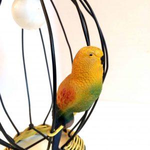 Lampe en fil de scoubidou – Luminaire vintage en forme de cage à oiseau