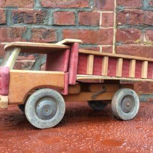 Camion benne de chantier – jouet en bois DEJOU