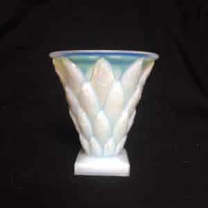 Vase aux poissons en verre opalescent – Sabino Art Glass