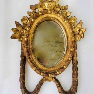 cadre oval bois doré