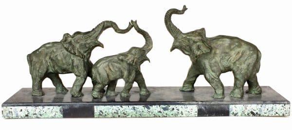 éléphants en bronze signé Decoux