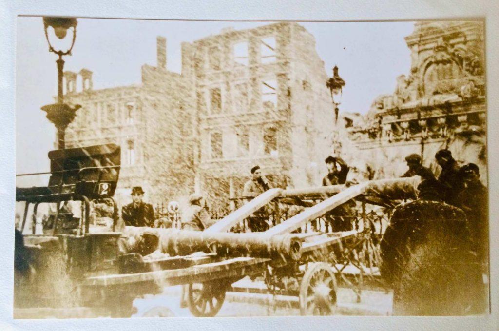 Abbeville 1940 démontage du canon
