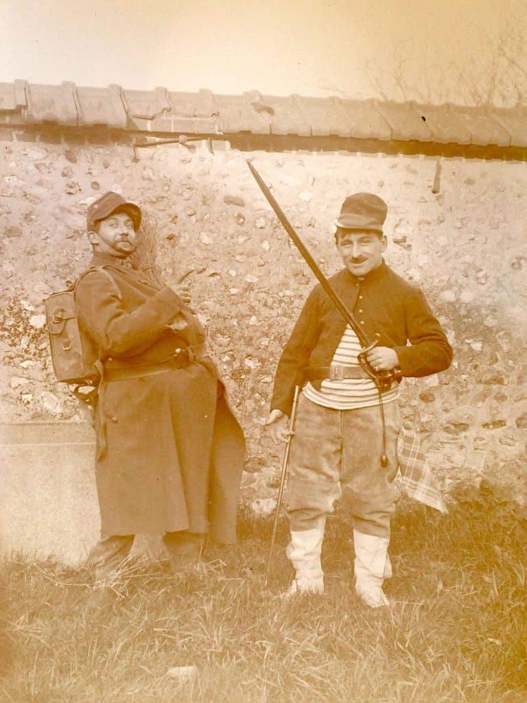 Photos de 2 soldats