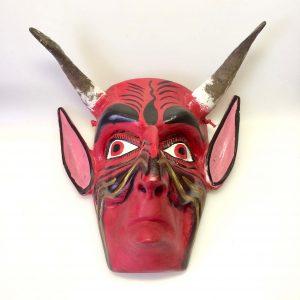 diable rouge masque à cornes