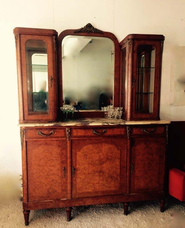 Buffet De Style Louis Xvi Avec Double Vitrine Et Un Miroir 2