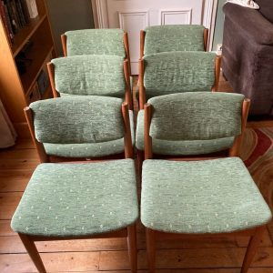 Chaises de salon FINN JUHL – Made in Denmark