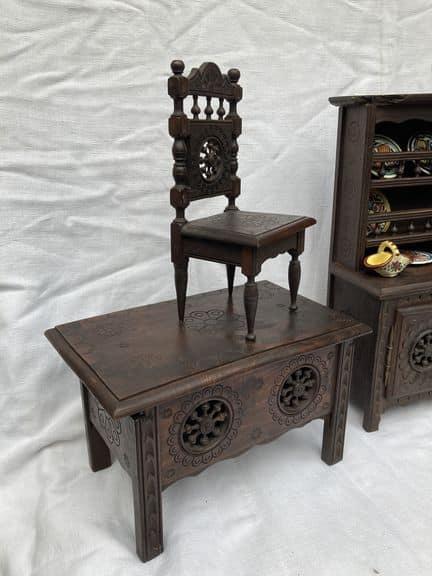 mobilier de poupée breton henriot quimper meubles anciens