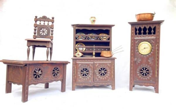 mobilier de poupée breton henriot quimper meubles miniatures