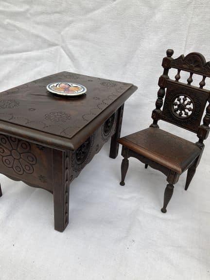 mobilier de poupée breton henriot quimper meubles miniatures table chaise