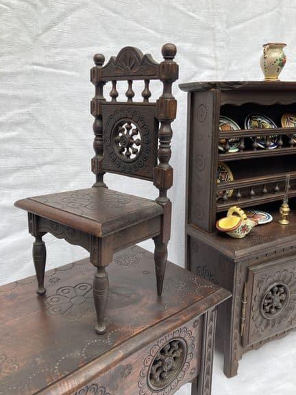 mobilier de poupée breton chaise ancienne